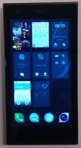 Jolla main screen showing off multitasking